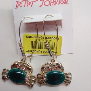 Betsey Johnson New Friendly Crab Earrings
